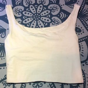 Basic white crop top very cute from the summer !